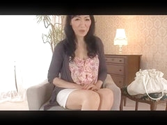 Older Japanese Lady Likes to Fuck (Uncensored)